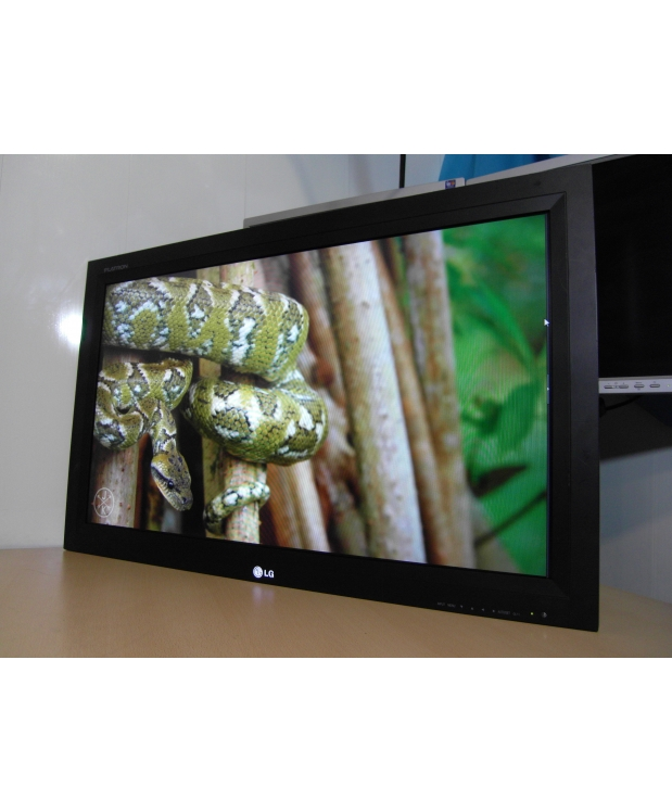 37 TV LCD LG M3701CE S-IPS HDMI фото_1