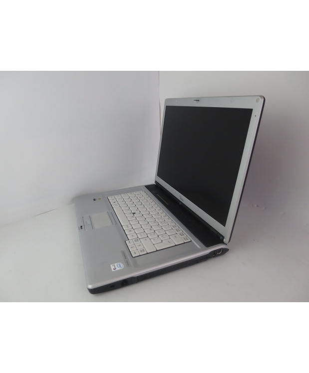 15.4 Fujitsu Siemens Lifebook E8210 CORE DUO T7400 2.16GHz 4GB RAM 160GB HDD фото_2