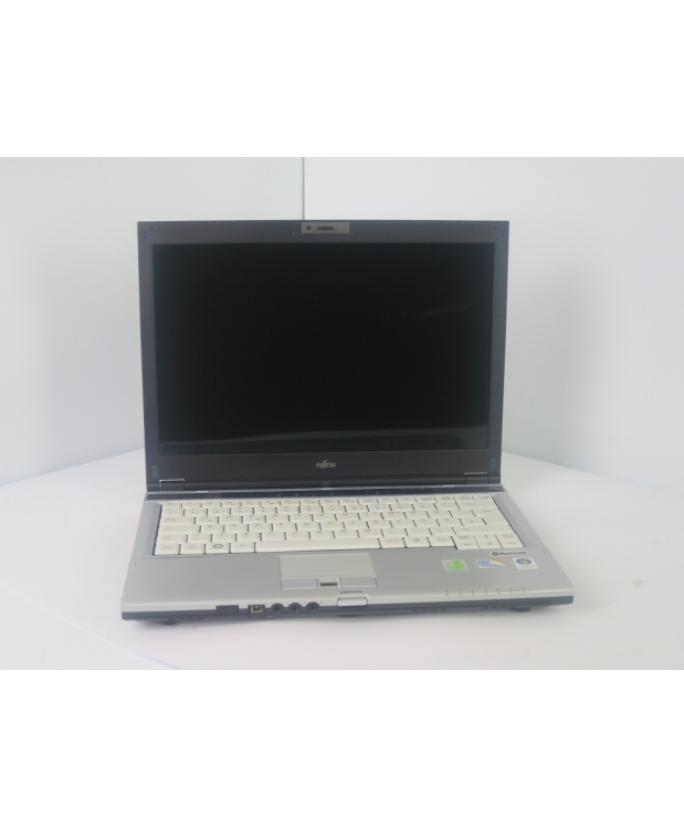 13.3 Fujitsu LIFEBOOK S6420 Core 2Duo P8800 4GB RAM 160GB HDDНоутбук 13.3 Fujitsu LIFEBOOK S6420 Core 2Duo P8800 4GB RAM 160GB HDD фото_1