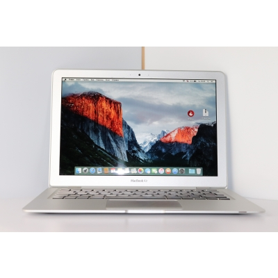 "Apple MacBook Air 13"" A1304"
